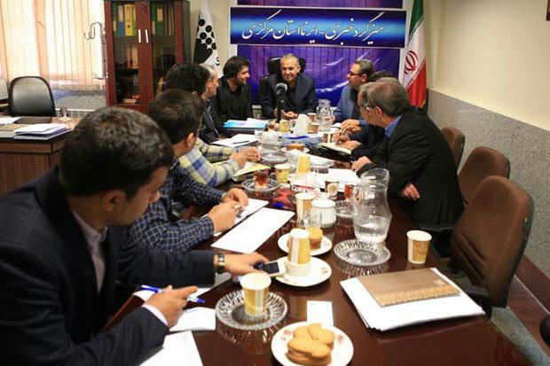 میزگرد بررسی فرصت و چالشهای آموزش عالی استان مرکزی برگزار شد