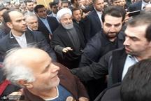 حضور روحانی، رییس جمهور در خیابان آزادی در جمع راهپیمایان ۲۲ بهمن تهران