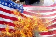 اردنی ها پرچم آمریکا را آتش زدند