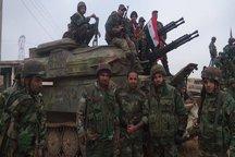 محاصره داعش در آخرین پایگاهش در حمص / تخریب گسترده الرقه توسط آمریکا و متحدانش/ اخبار ضد و نقیض از همکاری ارتش های سوریه و لبنان