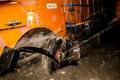 تصادف موجب تخریب یک مغازه در حاشیه جاده شد