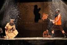 هفت نمایش از میناب به جشنواره تئاتر طنز ققنوس راه یافت