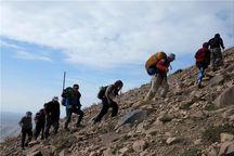 کوهنوردان لرستانی به ۳۱ قله کشور صعود میکنند