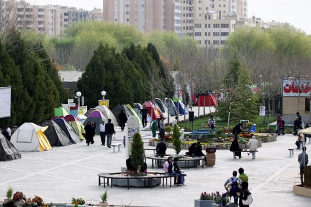 کمپ روباز اسکان مسافران باغ فدک اصفهان بازگشایی شد