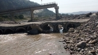 گیرکردن پل منگل سوادکوه در سیل بهاری