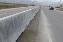 بلوکهای مفصلی در 13 کیلومتر از آزادراه زنجان - تبریز نصب شد