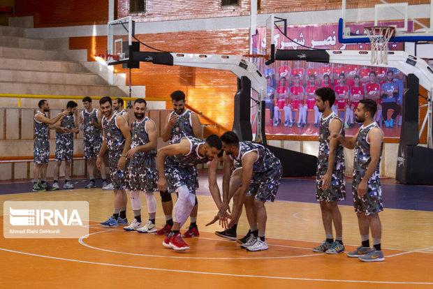 تیم بسکتبال رعدهوایی شهرکرد به مصاف آذرشهر میرود
