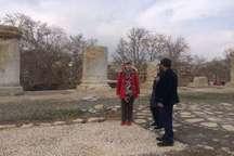 گردشگران انگلیسی: معبد آناهیتا کنگاور حیرت آور است