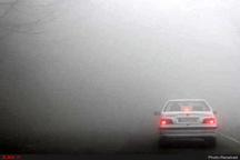 مسدود شدن محورهای مواصلاتی 11 استان کشور  ترافیک نیمه سنگین در آزادراه کرج - تهران
