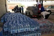 5500 بسته آب میان سیل زدگان خراسان شمالی توزیع شد