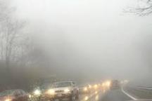 محور کندوان مه آلود و ترافیک نیمه سنگین است