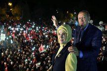 سی ان ان: دموکراسی در ترکیه مُرد/ ایندیپندنت: پیش به سوی استبداد/ گاردین: شکاف میان ترکیه و اروپا بیشتر می شود