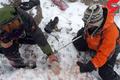 پیکر رئیس هیات والیبال استان، کمک خلبان و مادر 2 برادر پیدا شد  یک بالگرد در آستانه سقوط در ارتفاعات دنا