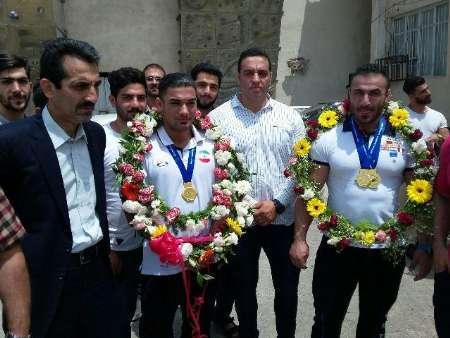 استقبال از ورزشکاران طلایی پرورش اندام قهرمانی آسیا در آمل