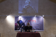 تندیس عارف قزوینی در میدان عارف نصب شود
