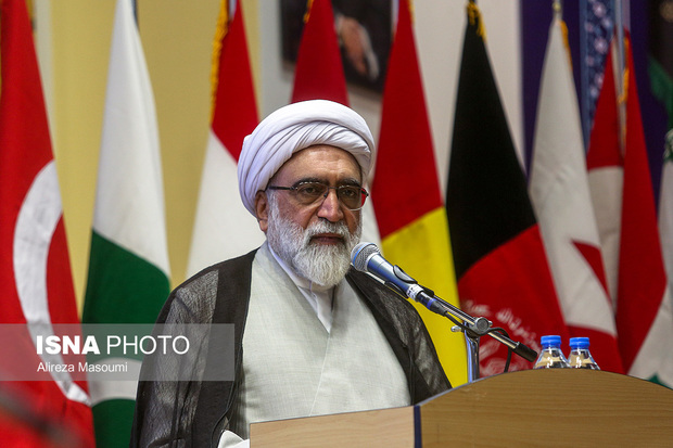 تولیت آستان قدس رضوی:عراق نباید ایرانیزه شود