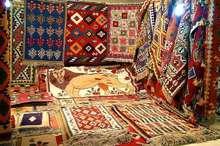 نمایشگاه و بازارچه صنایع دستی با حضور 6 استان در یاسوج گشایش یافت