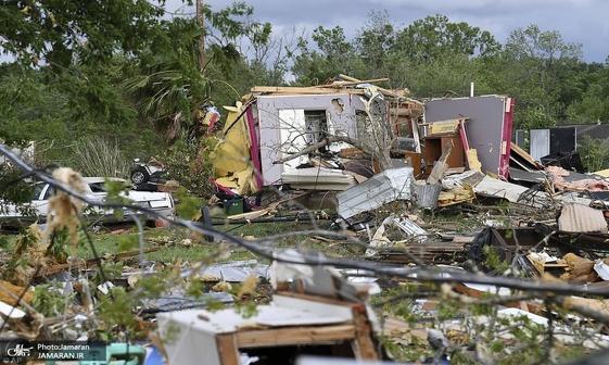 عکس/ 8 کشته در طوفان و صاعقه قوی در آمریکا