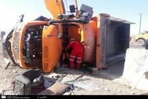 واژگونی کامیون موجب مرگ راننده شد