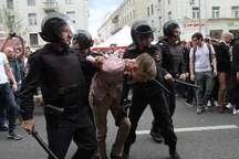 شمار معترضان بازداشت شده در مسکو نزدیک به 900 تن بود