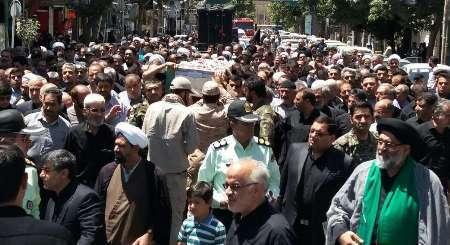 پیکر شهید مدافع حرم در ورامین تشییع و به خاک سپرده شد