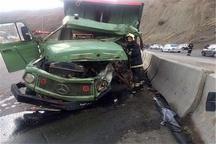 یک کشته و 3 مصدوم بر اثر   برخورد 2 دستگاه کامیون در ساری