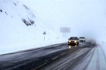آغاز بارش برف در محورهای مواصلاتی قزوین