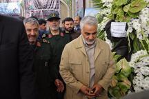 حضور سردار سلیمانی و فرمانده سپاه در مراسم بزرگداشت شهید حججی + تصویر