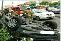 واژگونی خودرو206 دربزرگراه صیادشیرازی راننده اش را راهی بیمارستان کرد