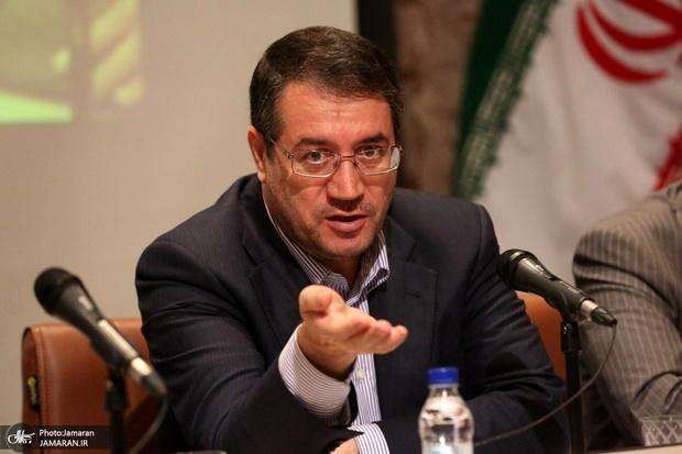 وزیر صمت: برخی محصولات داخلی هستند اما برند خارجی روی کالای خود میزنند