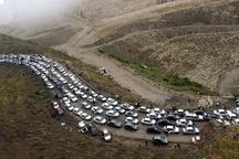ترافیک سنگین در محور کرج - چالوس  کندی تردد در محدوده سد بیلقان تا سد امیرکبیر