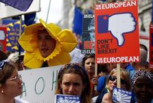 بزرگترین تظاهرات ضد برگزیت در قلب لندن+ تصاویر
