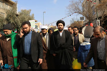 حضور حجت الاسلام و المسلمین سید علی خمینی در راهپیمایی 22 بهمن شهر قم