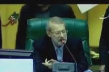 واکنش رییس مجلس به پهن کردن طومار در مجلس