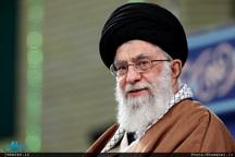 حضور سرزده رهبر معظم انقلاب در منزل شهید حسنزاده