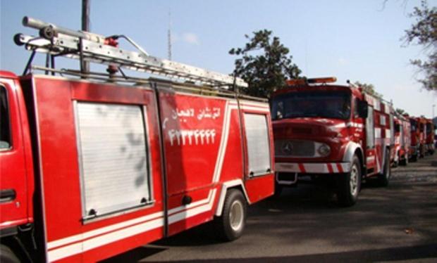 آتش سوزی یک واحد تجاری در لاهیجان مهار شد