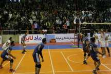 والیبال فرمانداری مهاباد، نماینده تهران را از پیش رو برداشت