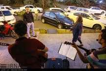 طعم موسیقی در خیابان های تهران  هنرمندانی که به بی عدالتی صحنه می بازند