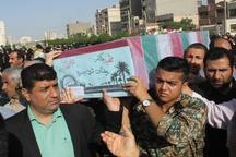 آیین تشییع و تدفین پیکر مطهر 2 شهید گمنام در اهواز برگزار شد