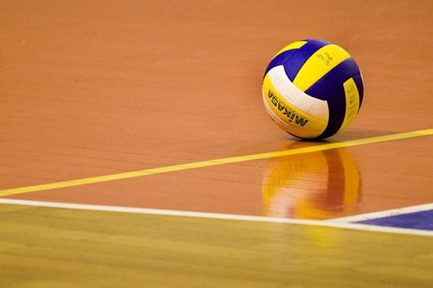 دختر والیبالیست اراکی به اردوی تیم ملی دعوت شد