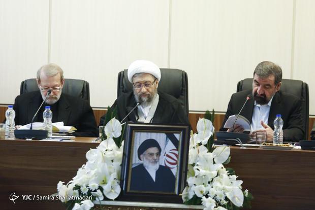 اولین جلسه مجمع تشخیص مصلحت نظام به ریاست آملی لاریجانی + عکس