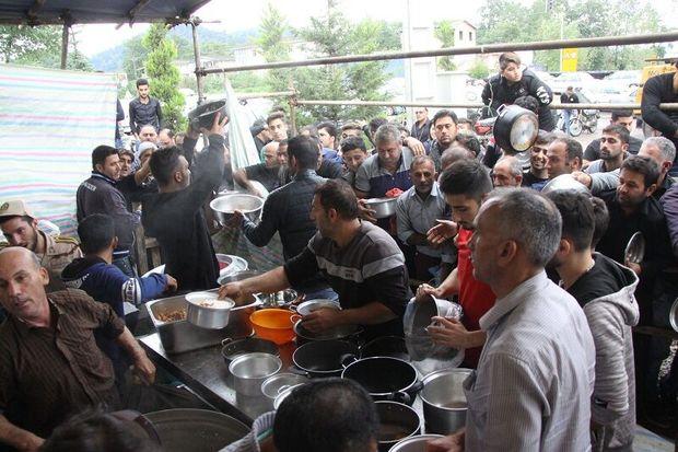 توزیع هفت هزار وعده غذای نذری در آستارا