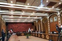 اکبرنژاد: مشکل مردم زیبا بودن میزهای شورای شهر نیست