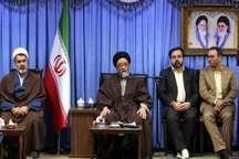 امام جمعه تبریز خبرنگاران را به داشتن تعصب حرفه ای توصیه کرد
