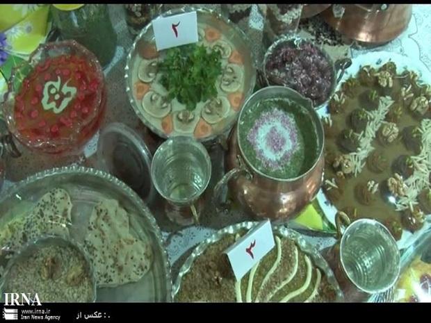 20 ملیت غذاهای رمضان خود را در نمایشگاه قرآن مشهد عرضه کردند