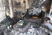 3 دستگاه خودرو و موتورسیکلت در آتش سوزی یک واحد مسکونی در اندیمشک خسارت دید
