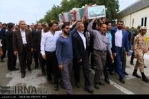 پیکر های سه شهید گمنام وارد بوشهر شد