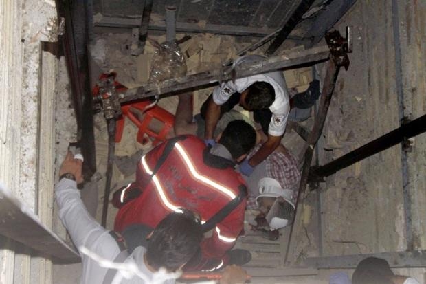 6 نفر دراثر سقوط آسانسورپاساژموبایل خیابان حافظ مصدوم شدند