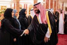 دست دادن بن سلمان با خانمها! + عکس