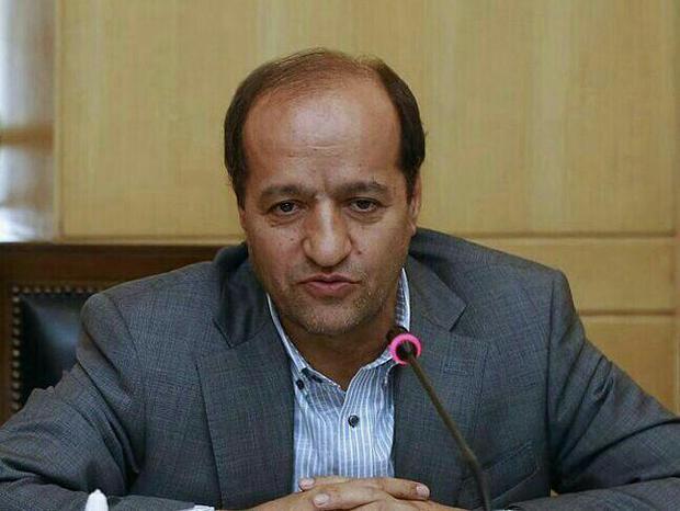 عضو کمیسیون تلفیق مجلس: کاهش پاداش خدمت فرهنگیان صحت ندارد